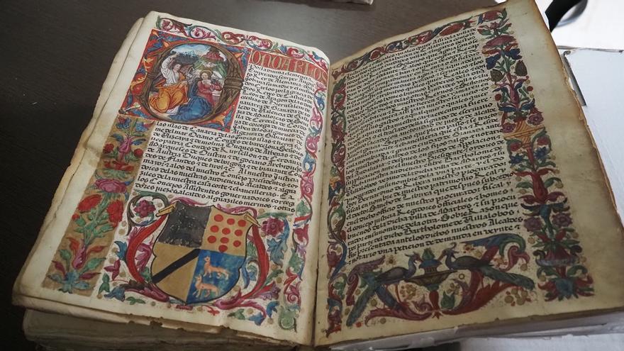 Miles de historias por descubrir en el Archivo Histórico de Córdoba