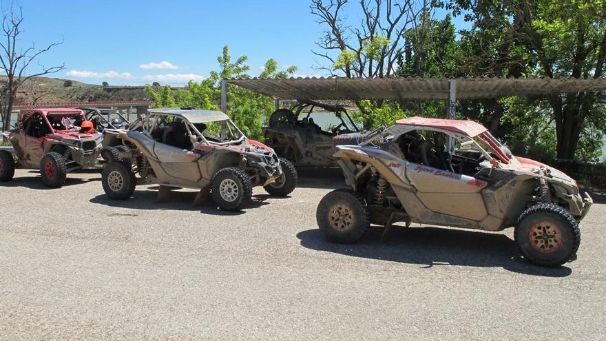 Seis franceses multados por circular con quads a gran velocidad por pistas de Caspe