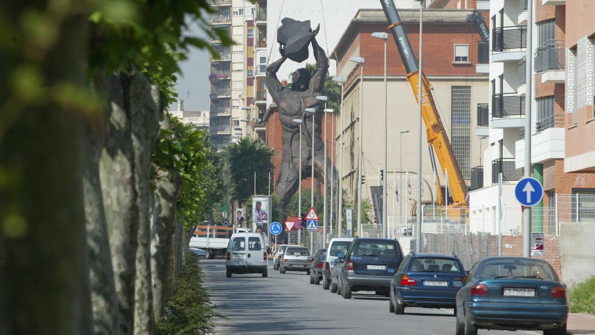 Imagen de un vial del segundo tramo de la avenida de Lledó que será remodelado.