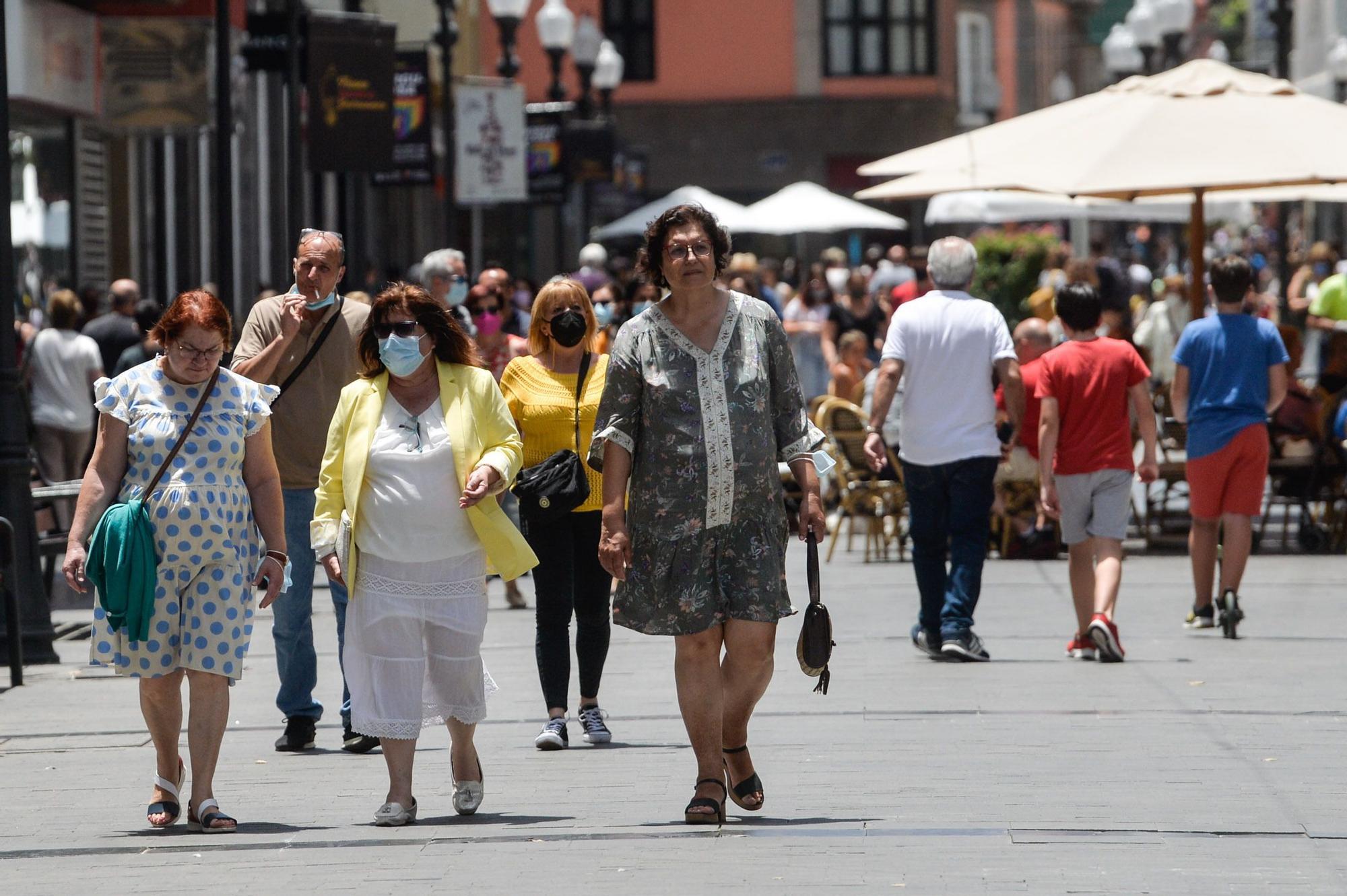 Así fue el primer día sin mascarillas en Las Palmas de Gran Canaria
