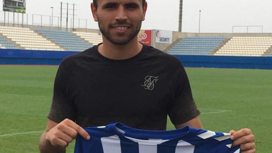 Sito regresa al filial del Valencia  tras fracasar con la camiseta del Lorca
