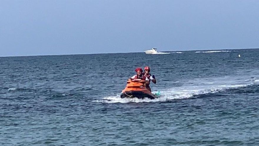 Rescatan en Dénia a un windsurfista