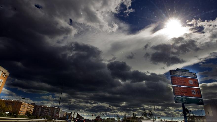 El tiempo en Alicante: Alerta amarilla por fuertes lluvias en el litoral norte de la provincia