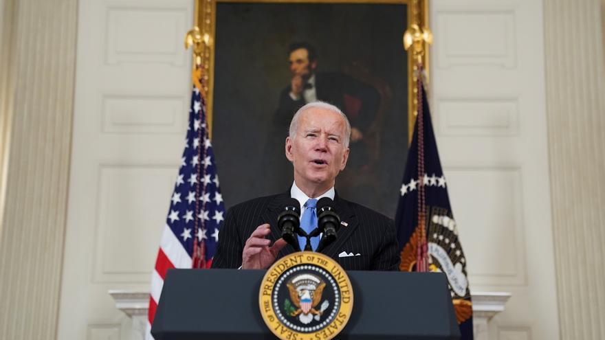 Biden promete que en menos de tres meses cualquier adulto estadounidense podrá ser vacunado
