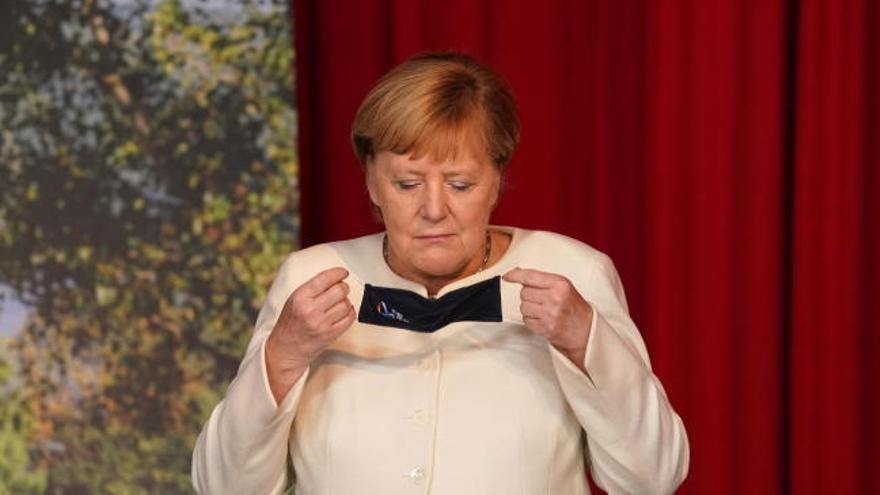 """Merkel apela a la """"valentía"""" que hubo en la reunificación para combatir el coronavirus"""