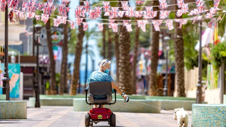 Veinte asociaciones empresariales turísticas denuncian las trabas de Hacienda para recibir las ayudas del Gobierno
