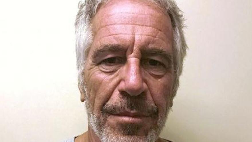 Mor en un presumpte suïcidi el magnat Jeffrey Epstein
