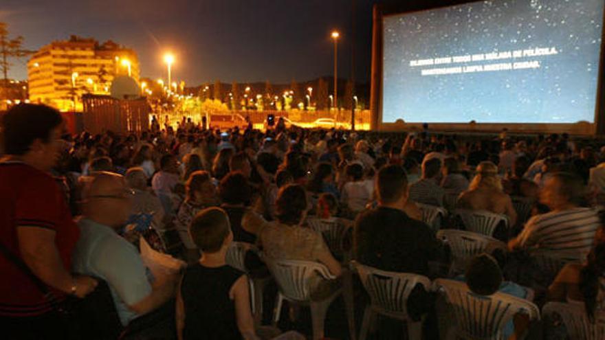 El Cine De Verano Gana Casi 6 000 Espectadores La Opinión De Málaga