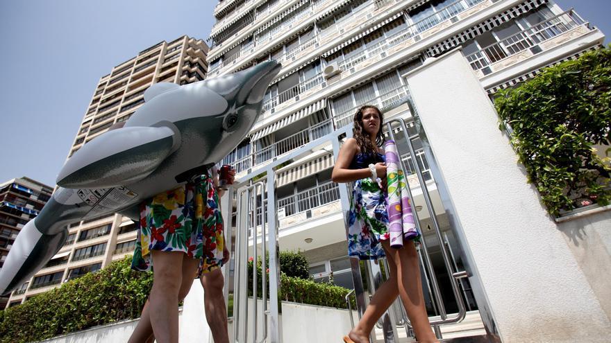 La UA lanza una guía 'on line' orientativa para prevenir el covid en los apartamentos turísticos