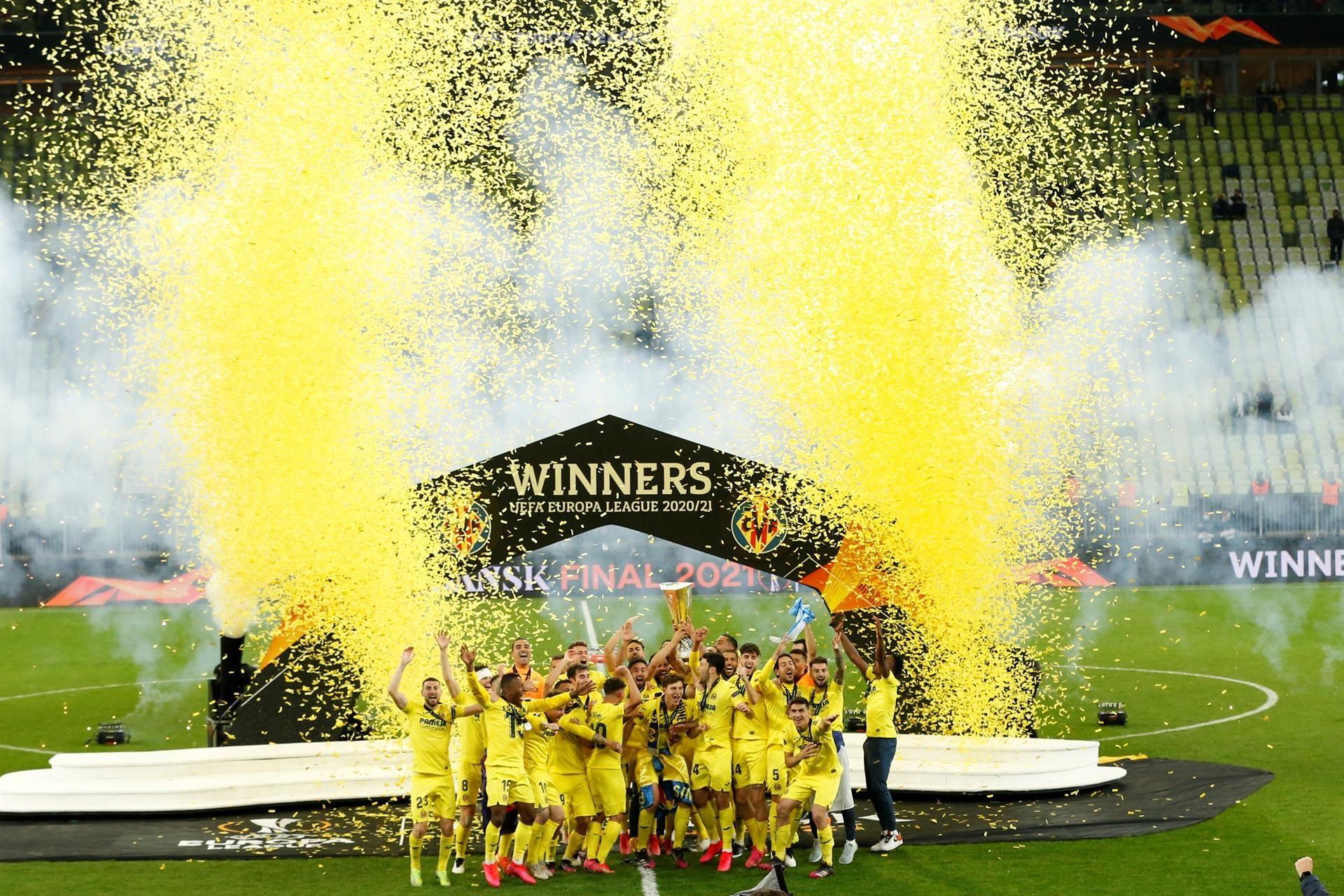 LAS MEJORES IMÁGENES | Así celebró el Villarreal el primer título de su historia