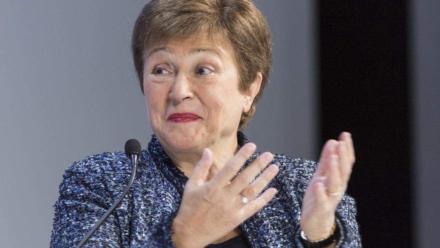 FMI eleva sus expectativas para España en 2022 aunque rebaja las de este año
