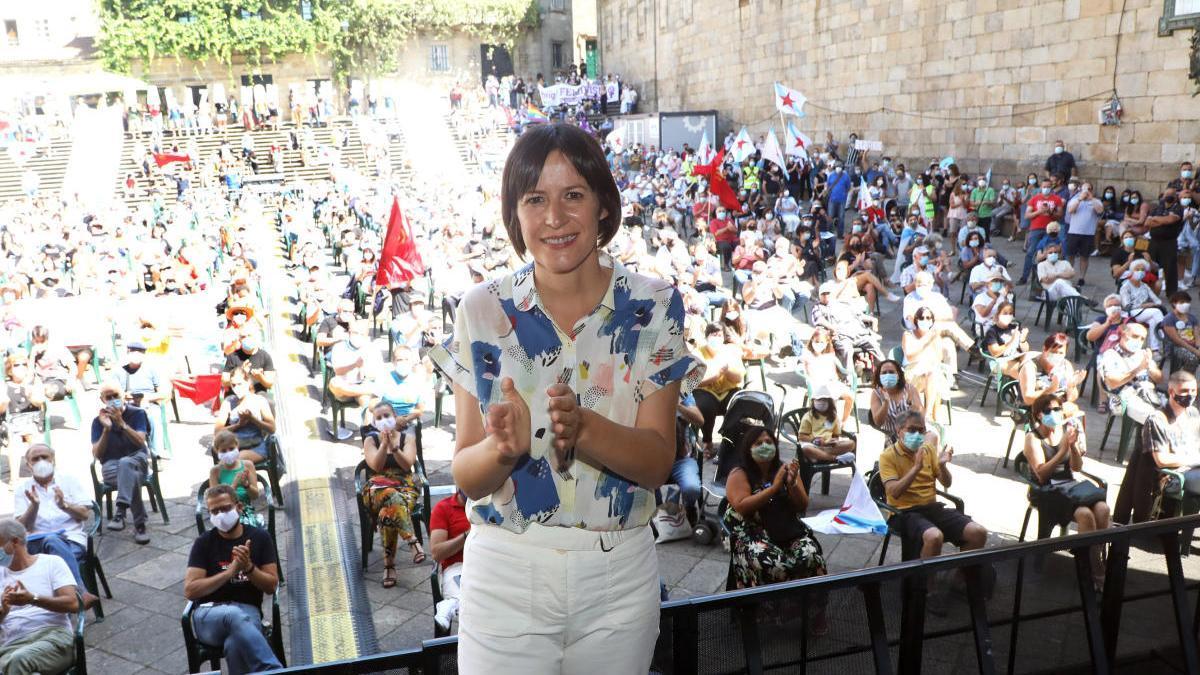 Ana Pontón en la Praza da Quintana. // X. Álvarez