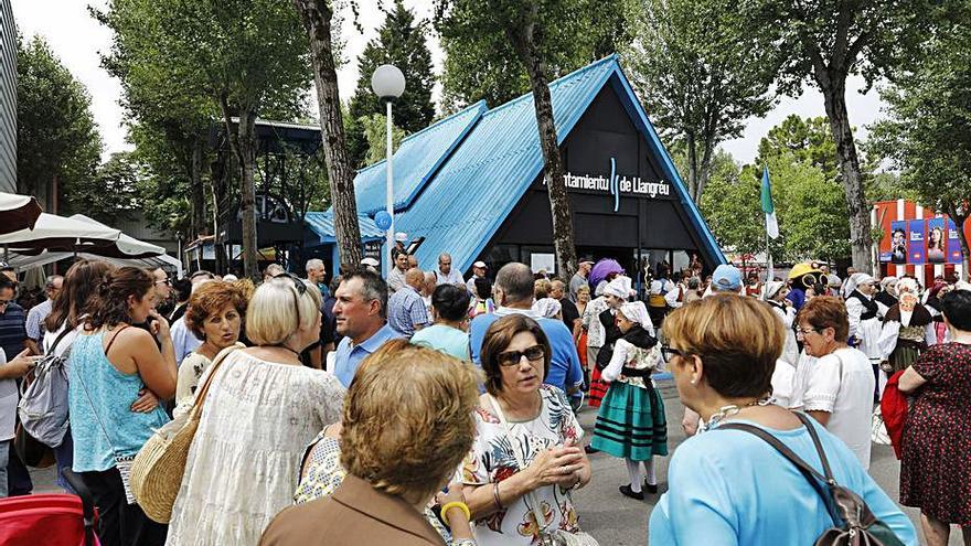 Langreo adecua su pabellón en la Feria de Muestras con 27.000 euros de inversión