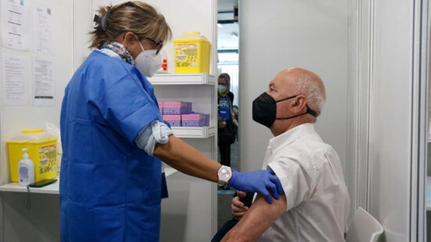 Catalunya supera les 4 milions de dosis posades de la vacuna contra la covid-19