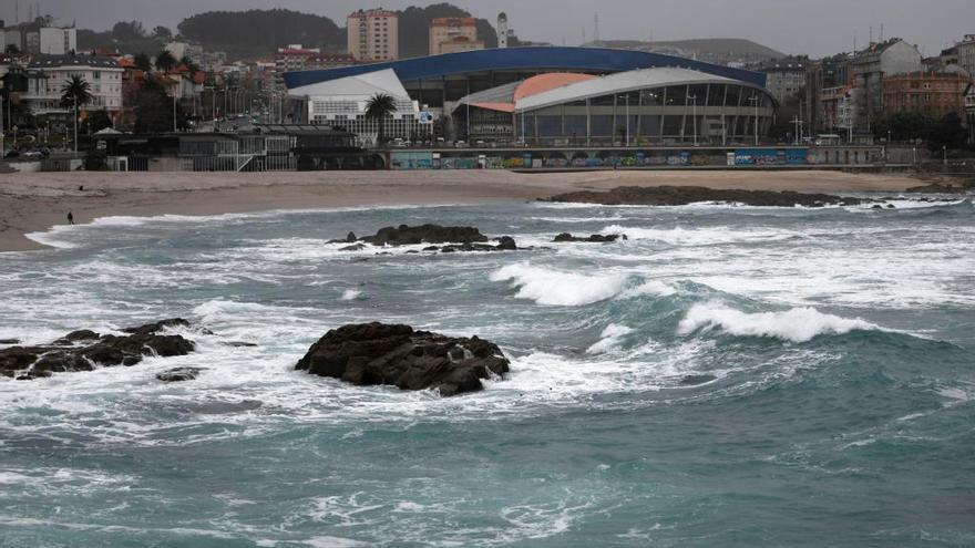 La Xunta eleva a roja la alerta por temporal costero en la provincia de A Coruña