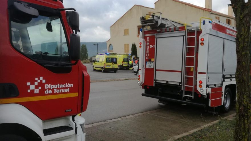Una niña de 5 años en estado muy grave tras caer desde un tercer piso en Alcalá de la Selva