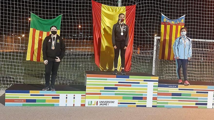 Els anoiencs Aleix Camats i Elsa Alias obtenen medalla als estatals de llançaments