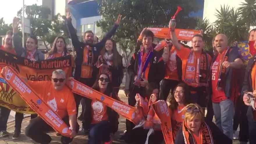 La afición taronja toma Málaga antes del Unicaja - Valencia BC