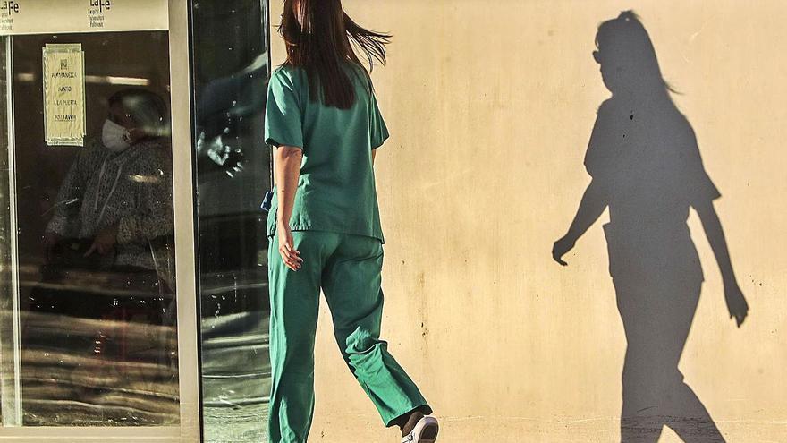 La presión en los hospitales sube hasta el riesgo bajo con 432 personas ingresadas