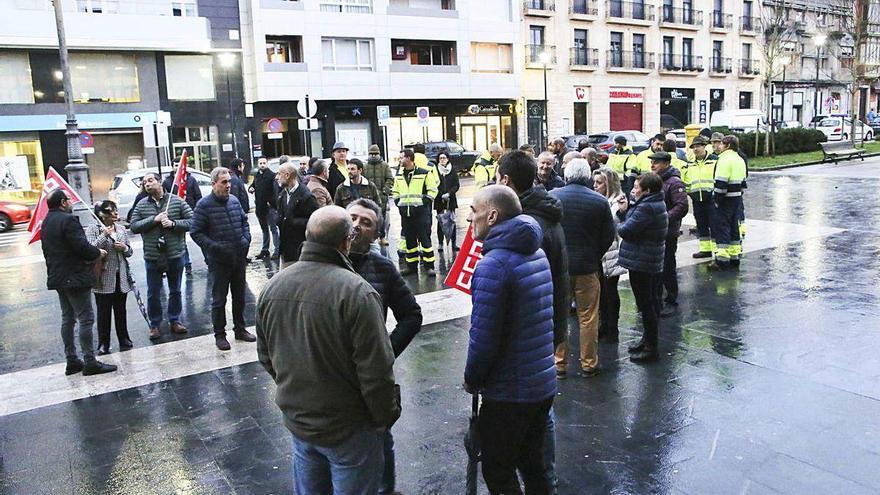 """Exigen la dimisión del alcalde de Siero por la """"dramática situación"""" de la Policía Local"""