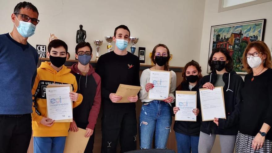 Alumnes de Lacetània certifiquen el seu coneixement de llengües estrangeres