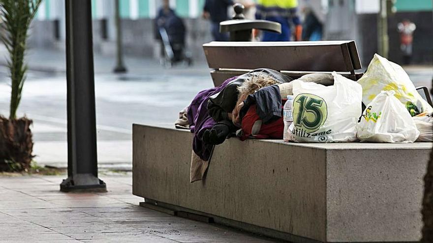 Servicios Sociales refuerza su presupuesto con 1,2 millones para luchar contra la pobreza