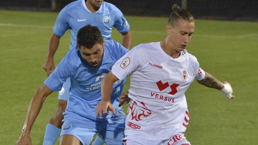 El Real Murcia cede su primera derrota de la pretemporada