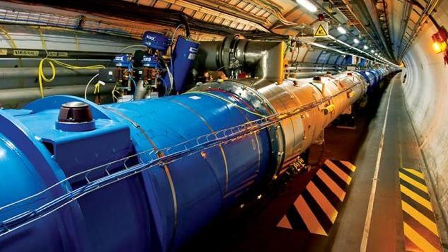 El CERN descubre una rara partícula con cuatro quarks
