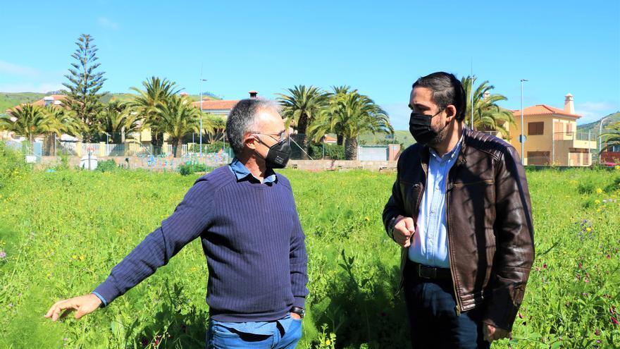 La Laguna ultima un proyecto para crear la primera huerta urbana pública de mayores