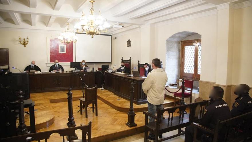 El coronavirus obliga a suspender el juicio por agresión sexual contra un guardia civil de Puebla de Sanabria