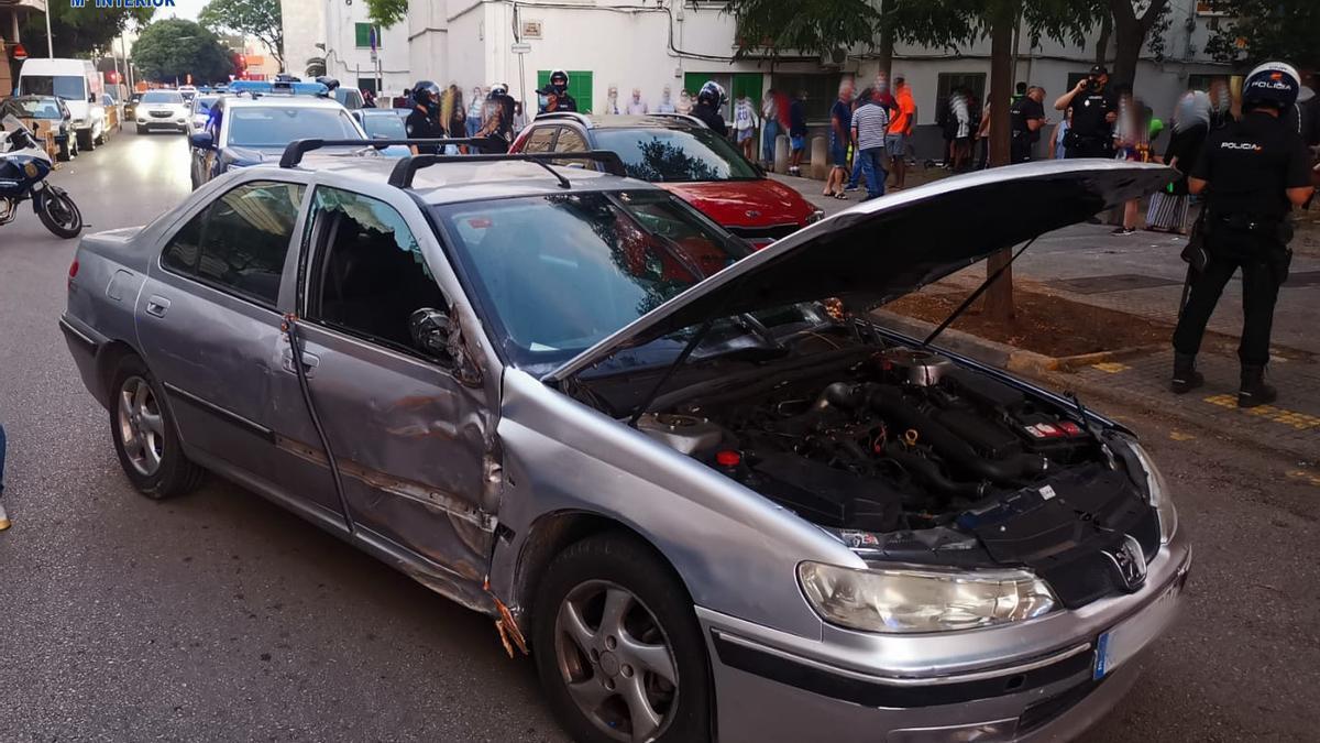 El coche que conducía el acusado