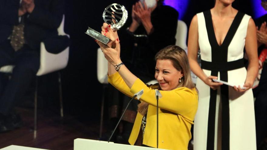 Eva García Sáenz de Urturi guanya el 69è Premi Planeta amb la novel·la 'Aquitania'