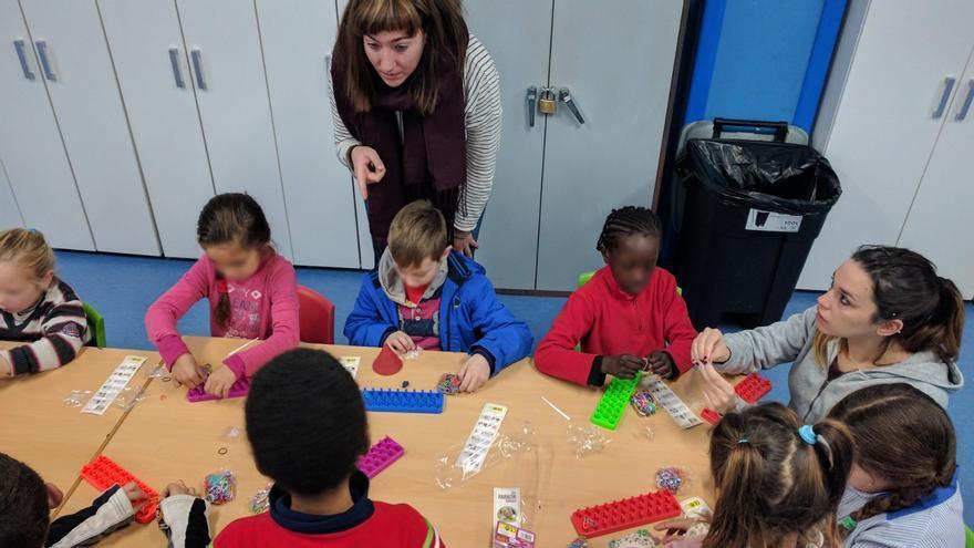 La Fundación 'la Caixa' destina más de 20.000 euros a frenar el fracaso escolar en el barrio de Nazaret