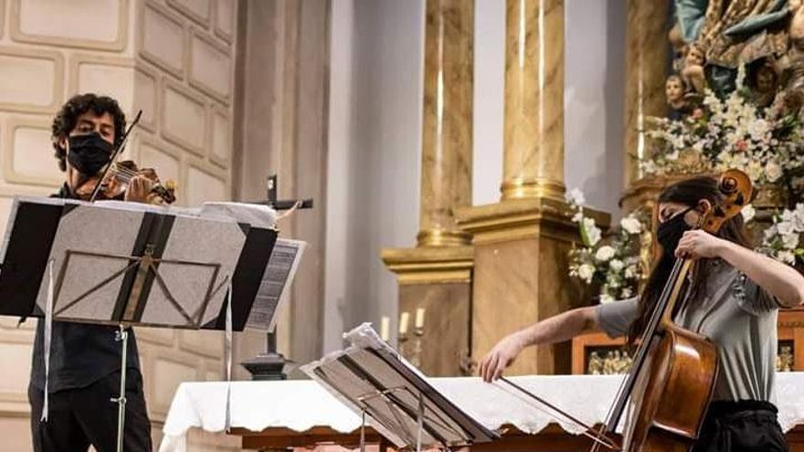 Langreo sube el tono con la música antigua