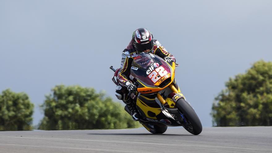Lowes logra la 'pole position' en Portimao en Moto2 antes de caer