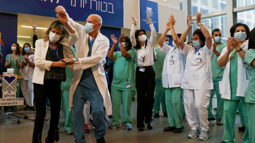Israel, cosas buenas con la vacuna y muy mejorables con Palestina   Por Joan Carles March