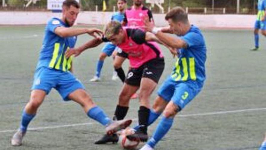 El Son Verí derrota al Inter Ibiza desde los once metros en el minuto 91