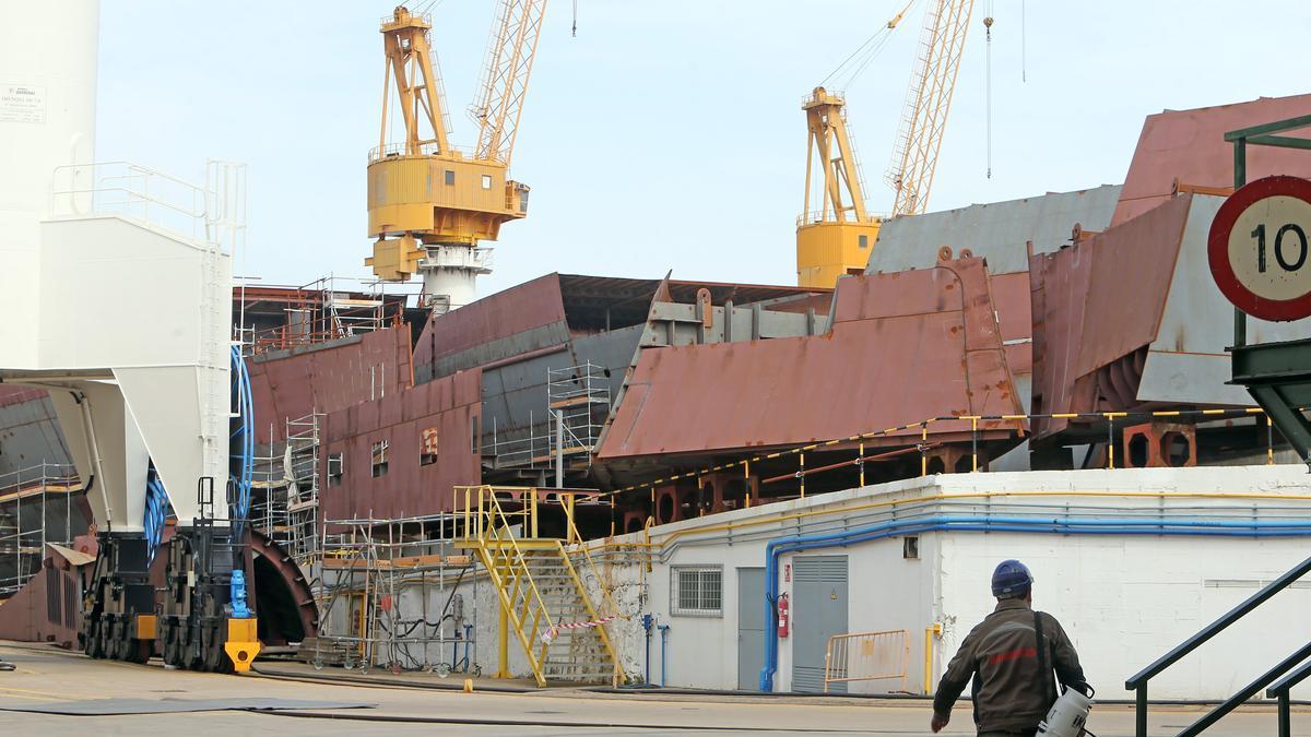 Cascos de los cruceros de Havila en el astillero de Barreras.