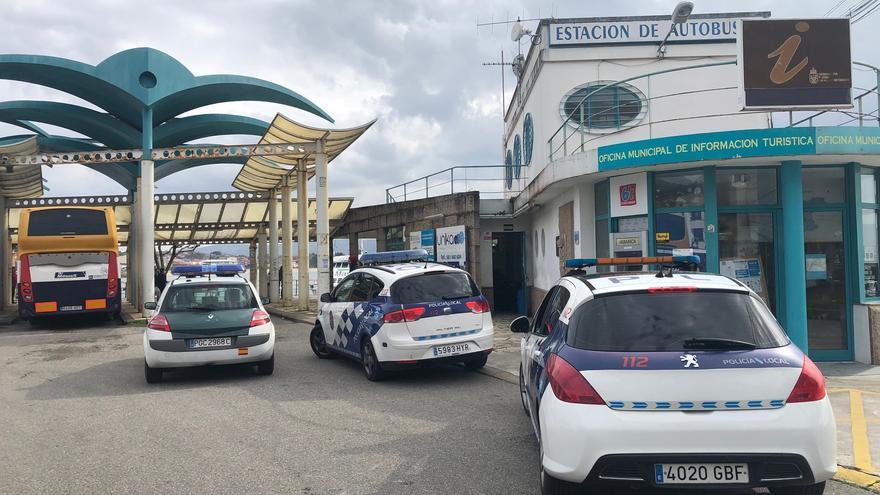 Detienen a dos jóvenes por una presunta agresión sexual a dos menores en Cangas
