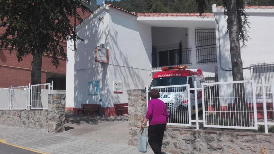 Los alcaldes del Mijares piden a la conselleria que no reduzca el servicio médico en verano