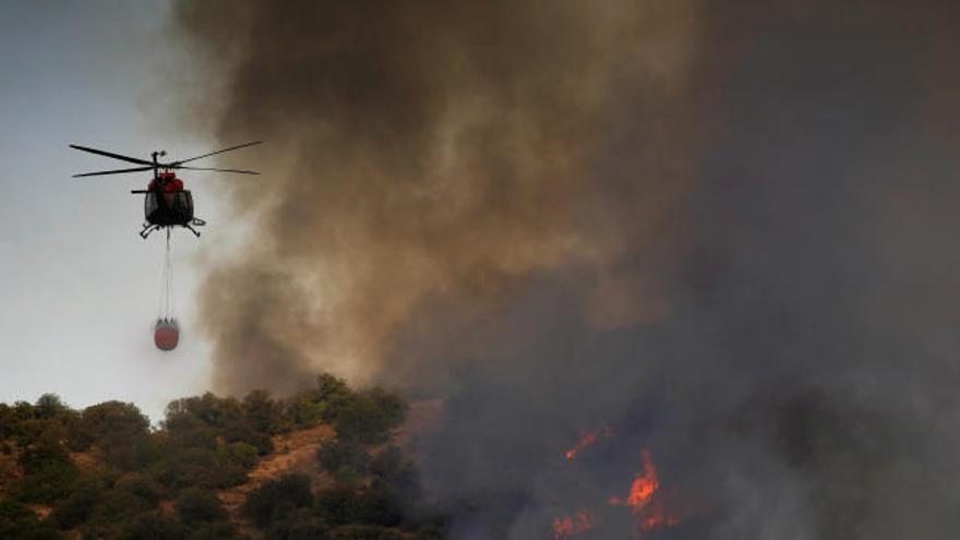 Desalojan dos residencias por un incendio en Toledo