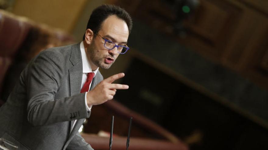 """PSOE, abstención """"por responsabilidad"""""""