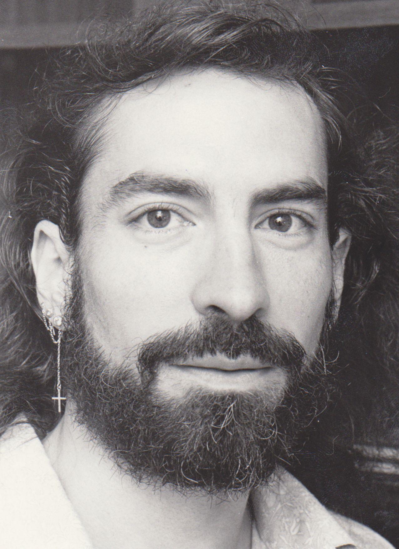 Fernando Lumbreras, de Lambda, en 1991. Lumbreras firmó la primera petición para celebrar la manifestación de 1979 en València