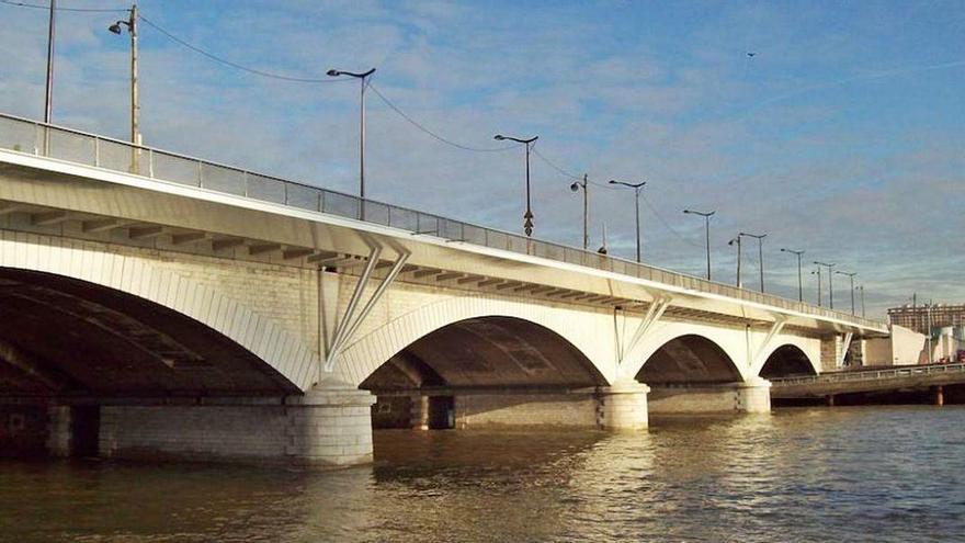 Acero de Gijón para modernizar un puente histórico sobre el Sena en París