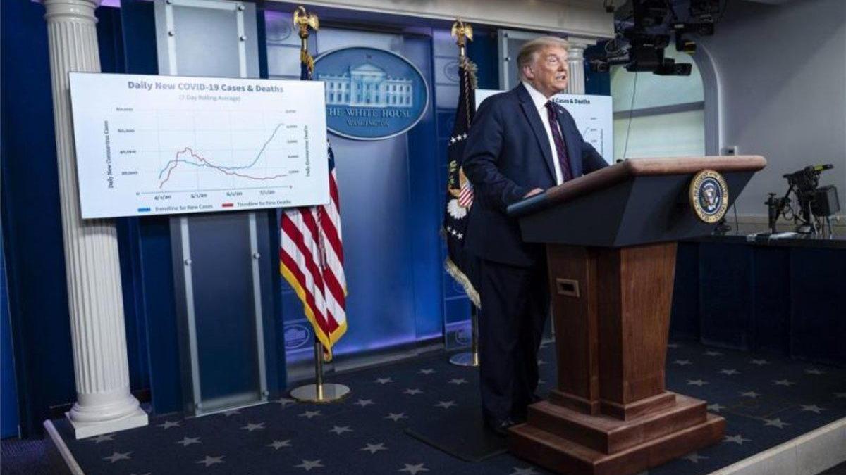 Trump, en un giro abrupto, admite la gravedad de la pandemia en EEUU