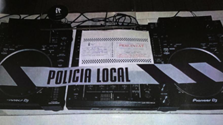 Un detenido en una fiesta ilegal en un bar de Ibiza