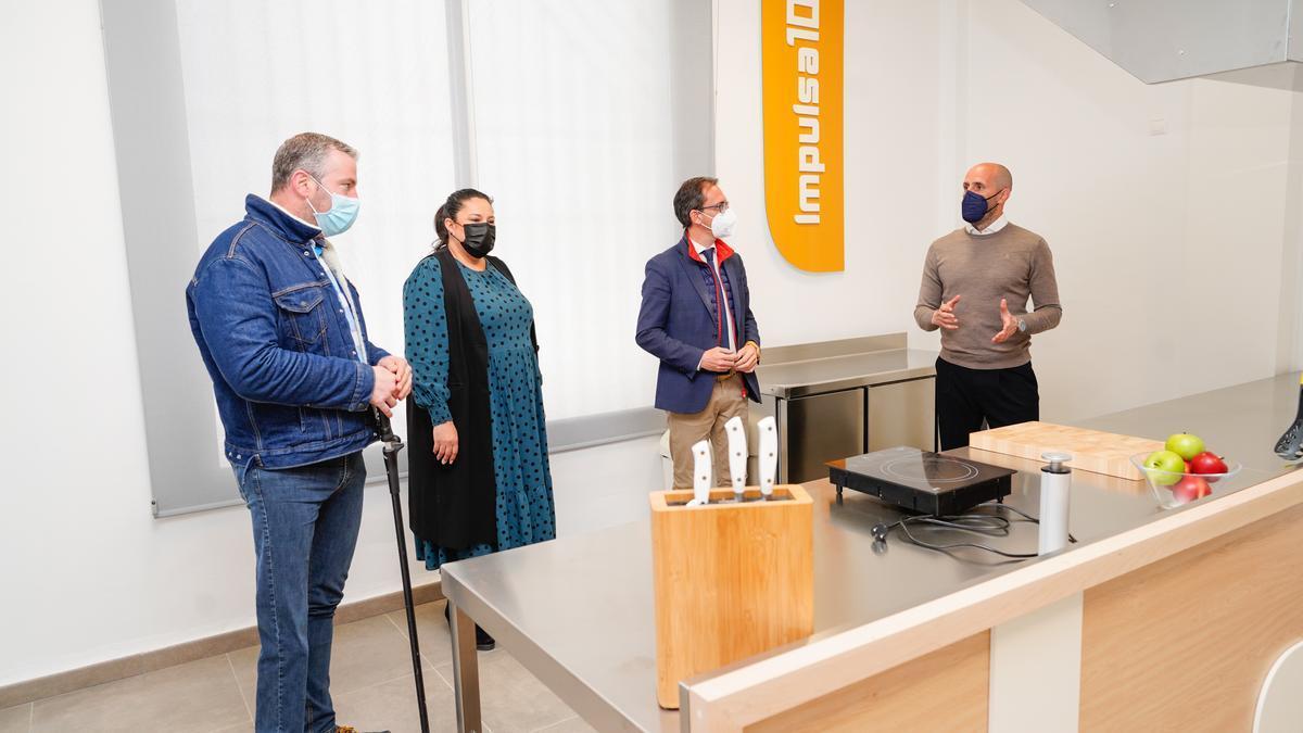 Antonio Granados, Dolores Amo, Santiago Cabello y Eduardo Lucena, en Pozoblanco.