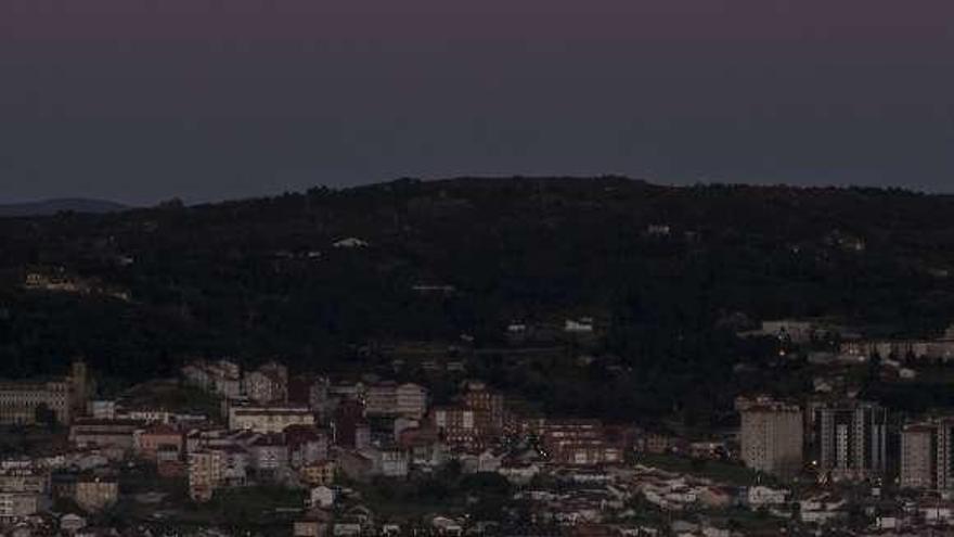 Superluna sin nubes para estrenar la primavera