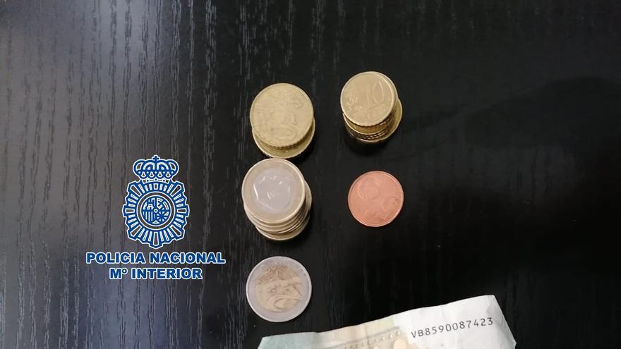 Desarticulado un punto de venta de droga en el centro de Marín