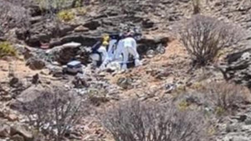 Hallan un cadáver en una cueva en Canarias